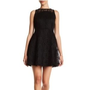 Spirit Of Grace Black Lace Sleeveless Dress M